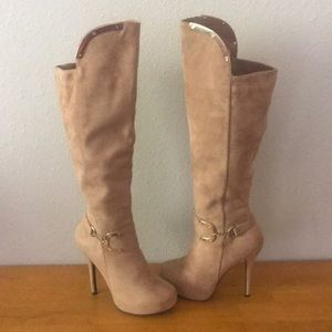 Brand New Tan Boots